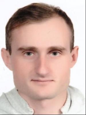ЯЛОВИК Антон